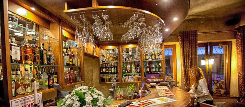 Hotel Dwór Karolówka Cafe&Bar