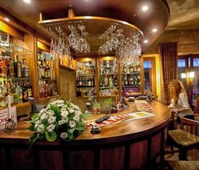 Zakopane Hotel Dwór Karolówka*** Cafe & Bar